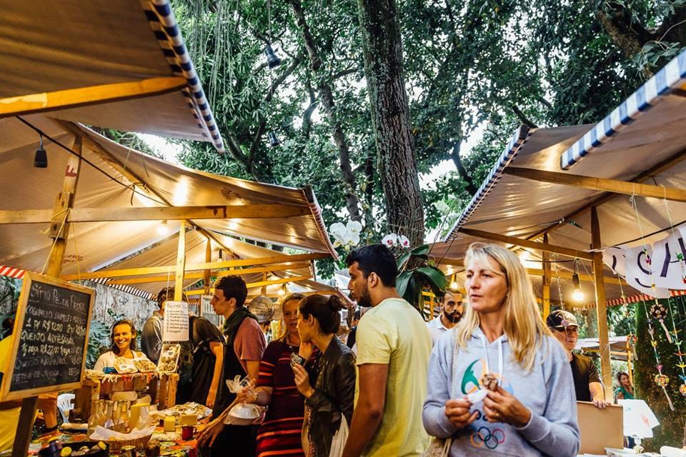 Investir no consumo local pode ser alternativa para tirar o brasileiro da crise